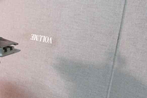 Ola Lanko Volume/збiрник Boekbinden: Boekbinderij Seugling te Amsterdam, handboekbinders sinds 1923. Voor gepersonaliseerde mooie boeken, mappen, portfolio fotograaf architect designer, dozen,replica, dummy, cassette, foedraal, foudraal, busschroefalbum, fotoalbum, map, ring mechaniek band, box, ordner,vergulden, één exemplaar, printen. Handgemaakt, gepersonaliseerd. Mooi sierpapier, ambachtelijk maatwerk, bibliotheek bindwerk, archief beheer, conservering, advies en restauratie van boeken en dozen. Boekbinder uit de Frans Halsstraat, de Pijp, Vijzelstraat, Grote Bickersstraat, Bickerseiland, Amsterdam Centrum, Jordaan, Gouden Reaal, Staatsliedenbuurt, Westerpark, Quirijn Jungcurt, Mieke Stouten